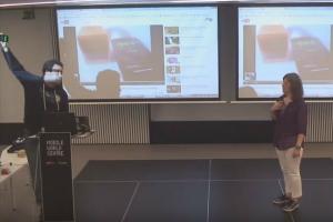 Snorek presentation at the Mobile World Center